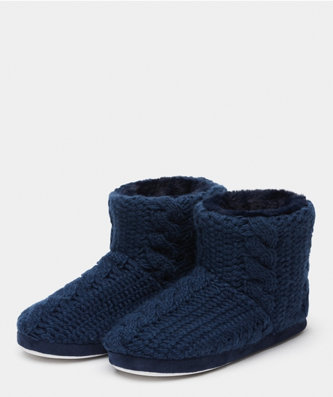 CABLE KNIT BOOT